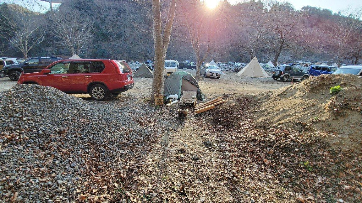 ソロキャンプ冬